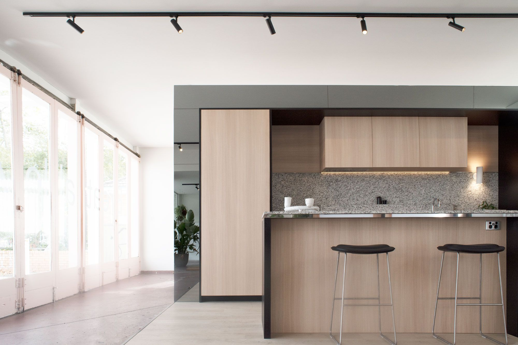 Breathable apartments display suite north fitzroy sphera for Apartment design melbourne
